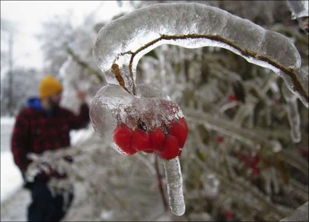 Εντυπωσιακές εικόνες που άφησε πίσω της μια παγοθύελλα στον Καναδά (10)