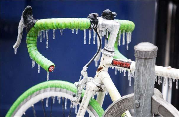 Εντυπωσιακές εικόνες που άφησε πίσω της μια παγοθύελλα στον Καναδά (3)