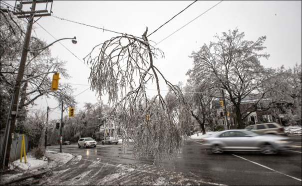 Εντυπωσιακές εικόνες που άφησε πίσω της μια παγοθύελλα στον Καναδά (13)