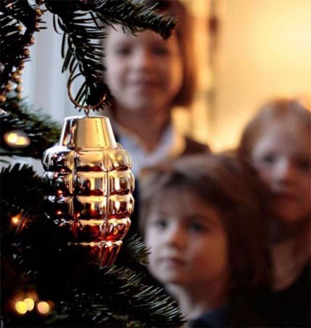 Περίεργοι χριστουγεννιάτικοι στολισμοί (7)