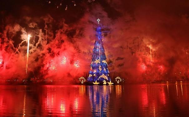 Χριστουγεννιάτικο υπερθέαμα στο Ρίο | Φωτογραφία της ημέρας