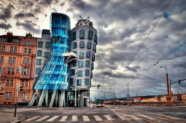 Το κτήριο που χορεύει | Φωτογραφία της ημέρας