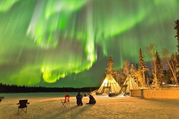 Μια βραδιά στο Yellowknife του Καναδά | Φωτογραφία της ημέρας