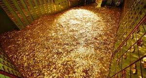 Πωλείται… πισίνα με νομίσματα!