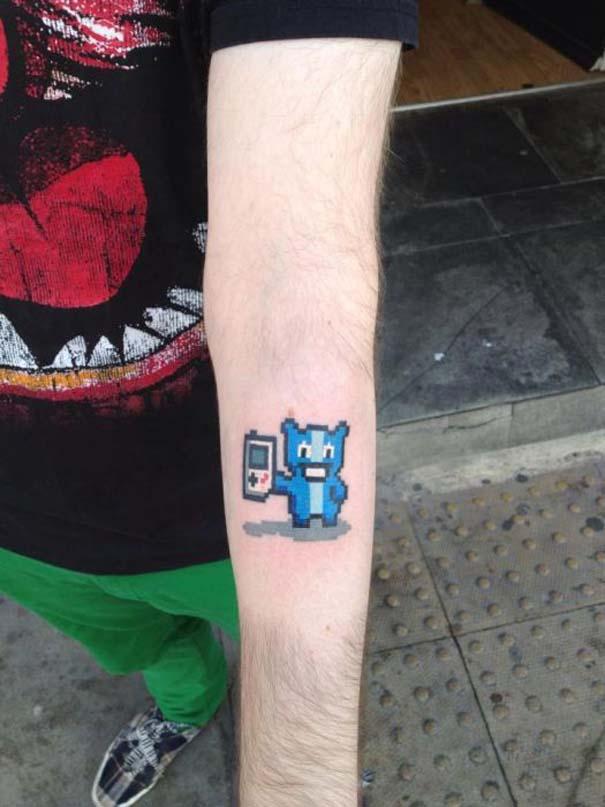 Pixel tattoo (5)