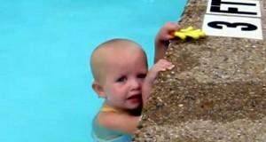 Κολυμβήτρια 16 μηνών διασχίζει πισίνα με μια ανάσα (Video)