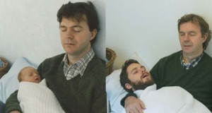 Δυο αδέρφια σε ξεκαρδιστική αναπαράσταση παιδικών φωτογραφιών