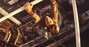 Αναρρίχηση σε γερανό 76 μέτρων που κόβει την ανάσα (Video)