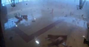 Ανεμοστρόβιλος διαλύει σχολείο στην Indiana (Video)