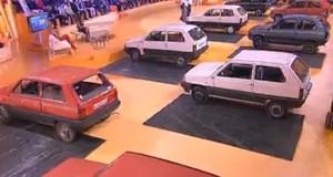 Ο άνθρωπος που αναποδογυρίζει αυτοκίνητα με τα χέρια (Video)