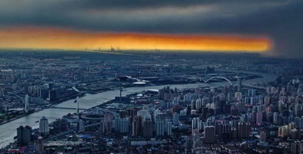 Χειριστής γερανού βγάζει απίστευτες φωτογραφίες από το 2ο ψηλότερο κτήριο του κόσμου (5)