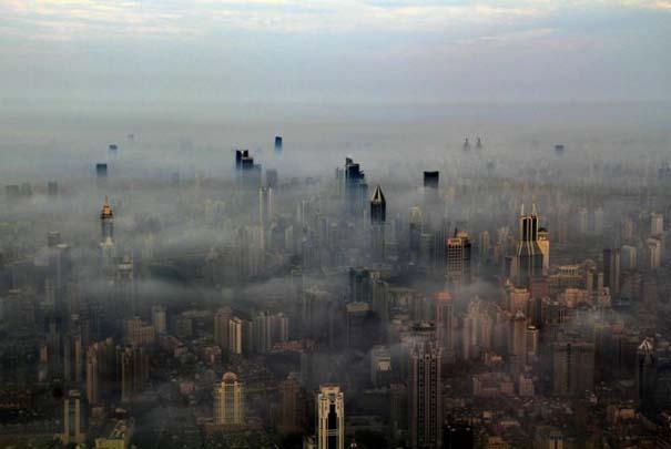 Χειριστής γερανού βγάζει απίστευτες φωτογραφίες από το 2ο ψηλότερο κτήριο του κόσμου (7)