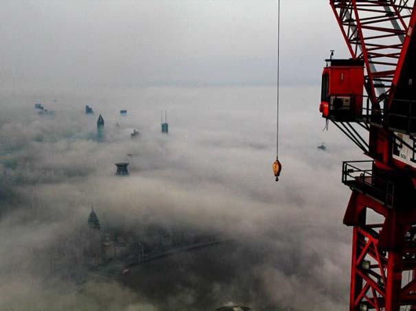 Χειριστής γερανού βγάζει απίστευτες φωτογραφίες από το 2ο ψηλότερο κτήριο του κόσμου (9)