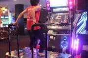 Ασιάτης χορεύει με ταχύτητα αστραπής