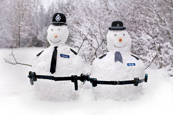 Αστείοι και δημιουργικοί χιονάνθρωποι (15)