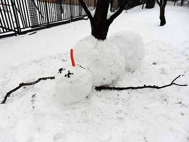 Αστείοι και δημιουργικοί χιονάνθρωποι (17)