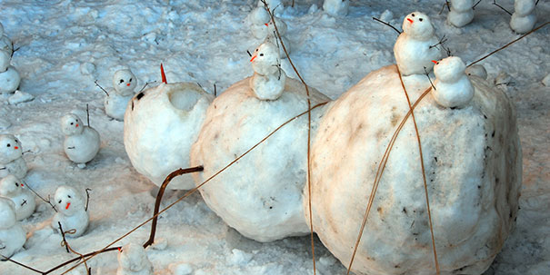 Αστείοι και δημιουργικοί χιονάνθρωποι (19)