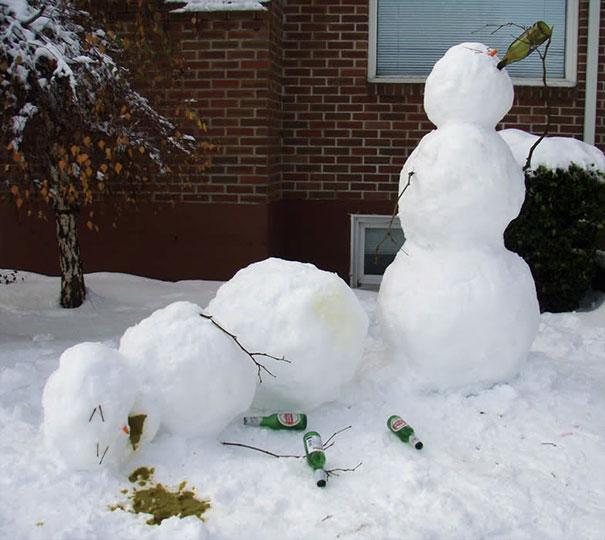 Αστείοι και δημιουργικοί χιονάνθρωποι (22)