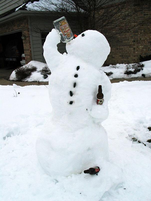 Αστείοι και δημιουργικοί χιονάνθρωποι (28)