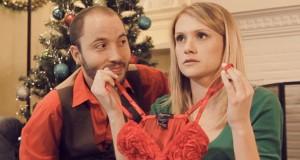 Οι πιο άβολες χριστουγεννιάτικες στιγμές (Video)