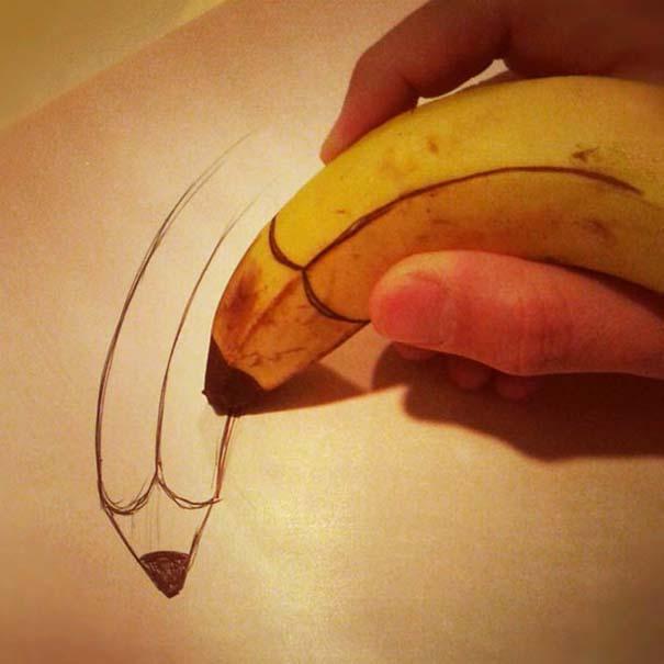Δημιουργικός μπαμπάς σχεδιάζει πάνω σε μπανάνες (10)