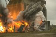Εντυπωσιακή έκρηξη κτηρίου σε Super slow motion