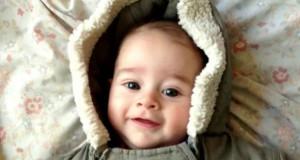 Ένα δευτερόλεπτο την ημέρα: Ο πρώτος χρόνος ενός μωρού (Timelapse Video)