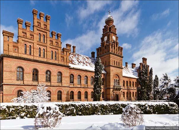 Το εντυπωσιακό πανεπιστήμιο του Chernivtsi στην Ουκρανία (19)