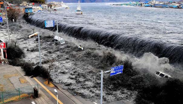 Συγκλονιστικές φωτογραφίες από καταστροφές μεγάλων διαστάσεων (2)