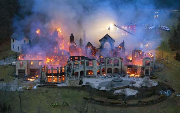 Συγκλονιστικές φωτογραφίες από καταστροφές μεγάλων διαστάσεων (4)