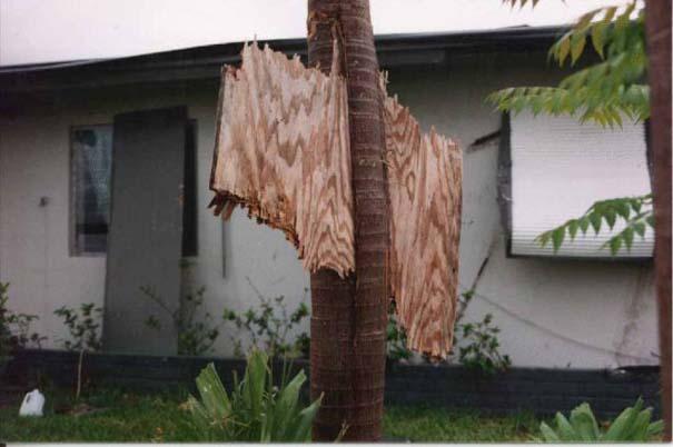 Συγκλονιστικές φωτογραφίες από καταστροφές μεγάλων διαστάσεων (7)