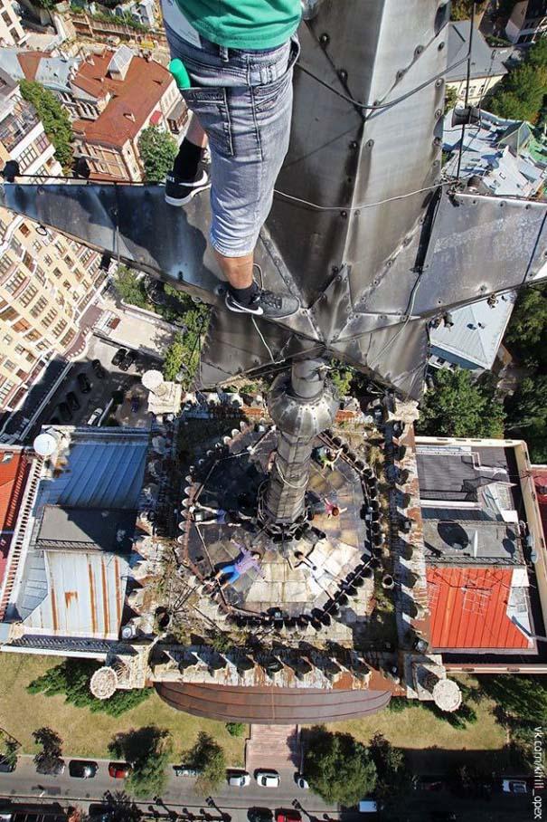 Φωτογραφίες από τρομακτικά ύψη που κόβουν την ανάσα (23)