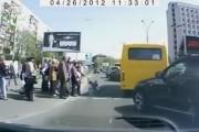 Γονείς δημόσιοι κίνδυνοι στους δρόμους της Ρωσίας