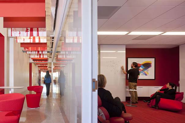 Γραφεία εταιρειών που μοιάζουν βγαλμένα από όνειρο (37)