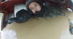 Η γυναίκα οδηγός που δεν σταματάει πουθενά (Video)