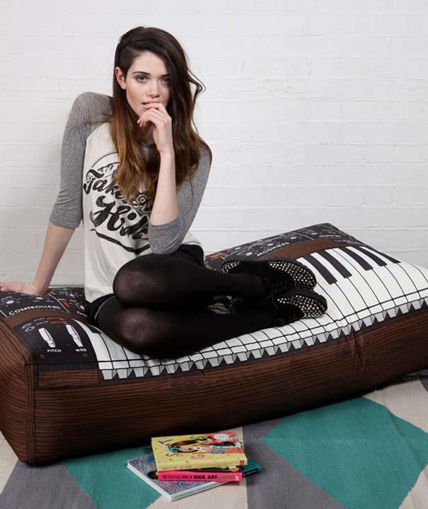 Μια συλλογή με τα πιο απίθανα μαξιλάρια! (12)