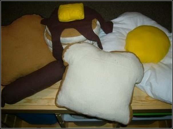 Μια συλλογή με τα πιο απίθανα μαξιλάρια! (19)