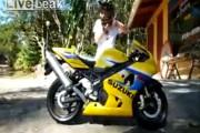 Μοναδικό κόλπο με μοτοσυκλέτα