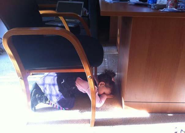 Παιδιά που δεν τα πάνε καθόλου καλά με το κρυφτό (6)