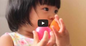 Πατέρας βρήκε τον τρόπο για να σταματάει αμέσως η κόρη του το κλάμα (Video)