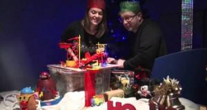 Ο πιο πρωτότυπος και δημιουργικός τρόπος για χριστουγεννιάτικες ευχές (Video)