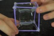 Πως γίνεται μια τετράγωνη σαπουνόφουσκα