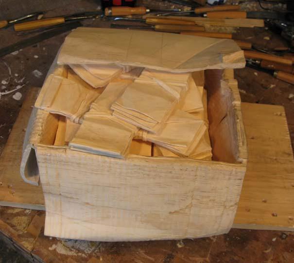 Πως να μετατρέψετε ένα κομμάτι ξύλου σε κουτί γεμάτο λεφτά (8)