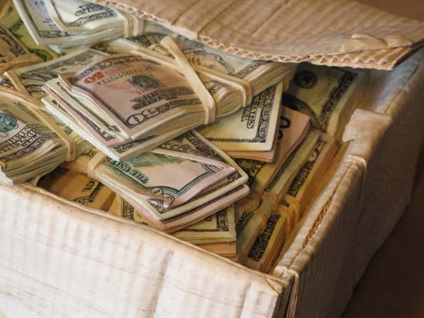 Πως να μετατρέψετε ένα κομμάτι ξύλου σε κουτί γεμάτο λεφτά (16)