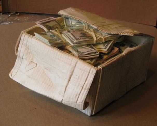 Πως να μετατρέψετε ένα κομμάτι ξύλου σε κουτί γεμάτο λεφτά (15)