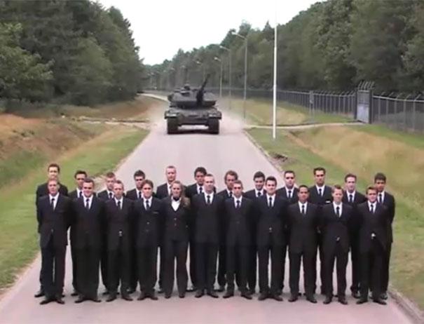 Τεστάροντας τα φρένα ενός Tank