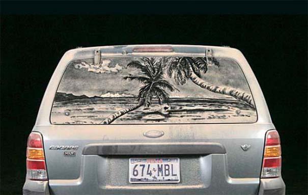 Τέχνη σε σκονισμένα αυτοκίνητα (1)