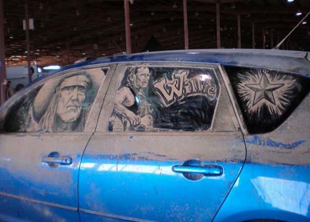 Τέχνη σε σκονισμένα αυτοκίνητα (30)