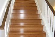 Τσουλώντας στις σκάλες