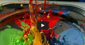 Τι θα συμβεί αν βάλεις υγρή μπογιά πάνω σε ηχείο (Video)